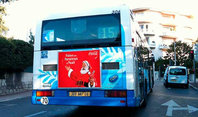 Affiche publicitaire cul de bus