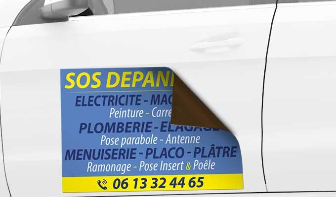 Publicité aimantée sur véhicule personnalisée