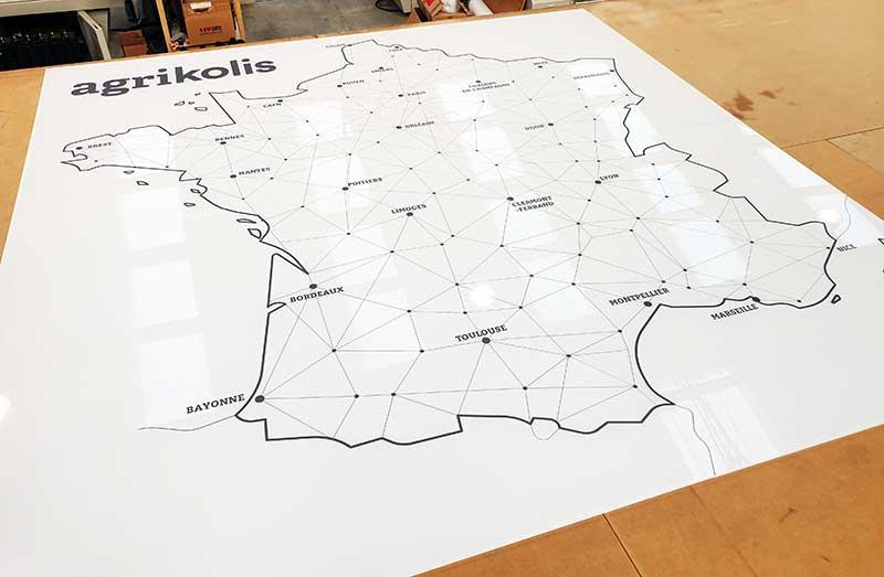 Plaque plexiglas grand format avec blanc de soutien total