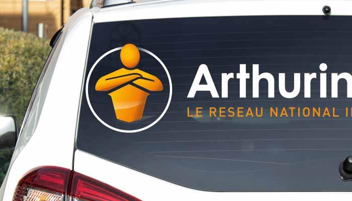 Sticker voiture vitre arrière publicitaire, lettres autocollante